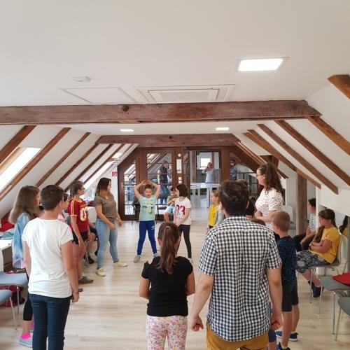 Detský tábor TRI DI ART - 1. deň - Divadelné predstavenia a besedy s hercami